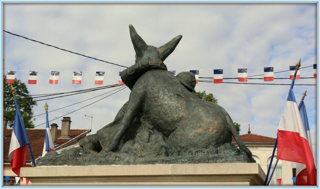 Statue_site-03